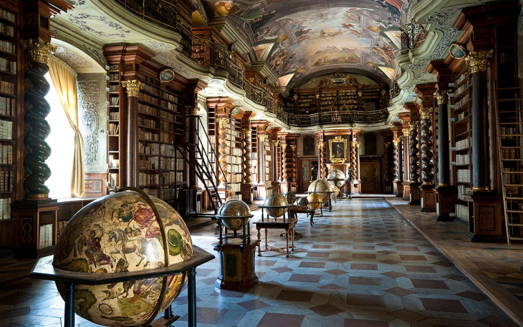 Baroque library hall with ceiling artwork by Jan Hiebl, Clementi