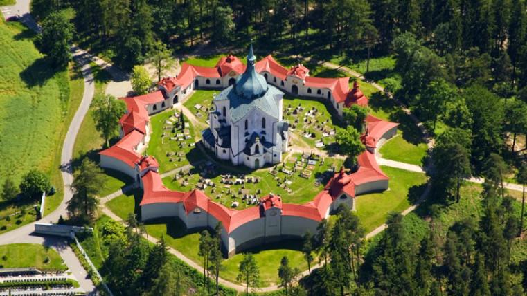 костел Св. Яна Непомуцкого - Чешское наследие ЮНЕСКО