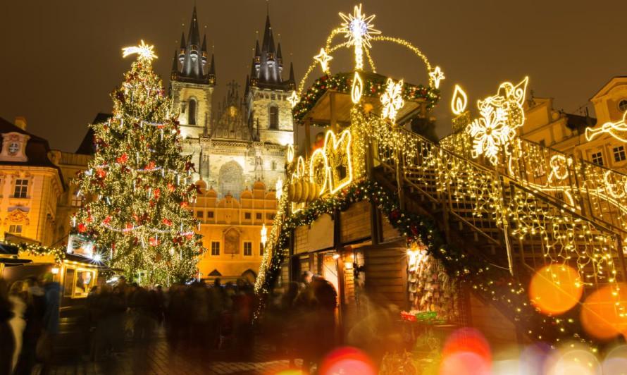Рождественская ярмарка на Старомнестской площади