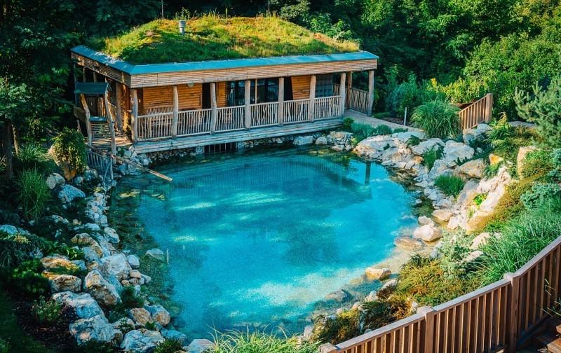 maximus resort