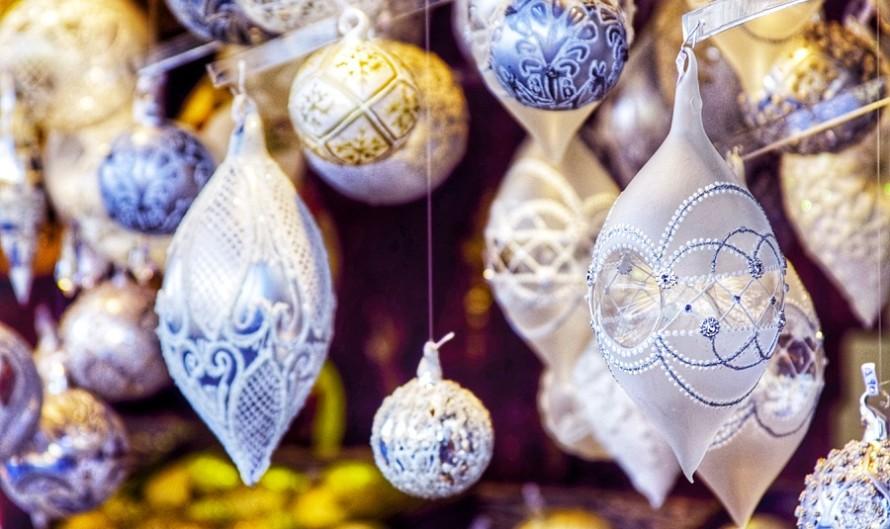 Рождественская ярмарка на площади Республики